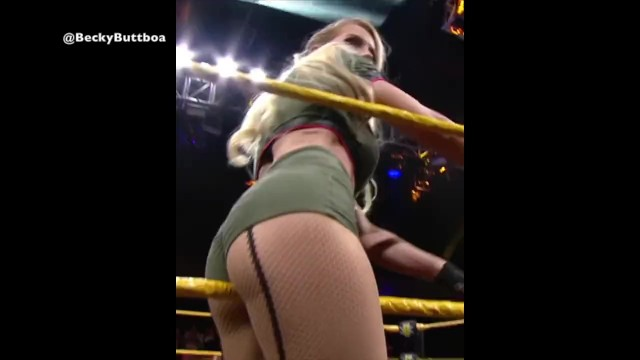 Evans nude lacey Lacey evans